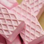 <グリーンピアッシング> 苺ウエハース アクリル樹脂 アクセサリーパーツ画像
