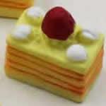 イチゴのショートケーキ アクセサリー樹脂パーツ
